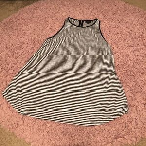 mossimo tank top, XL